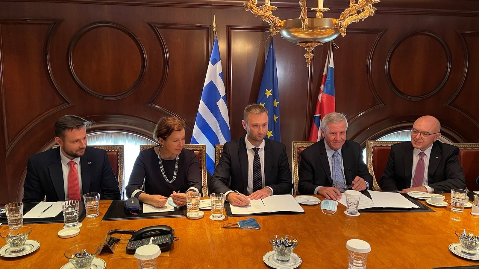GLOBSEC signed a cooperation agreement with Delphi Economic Forum